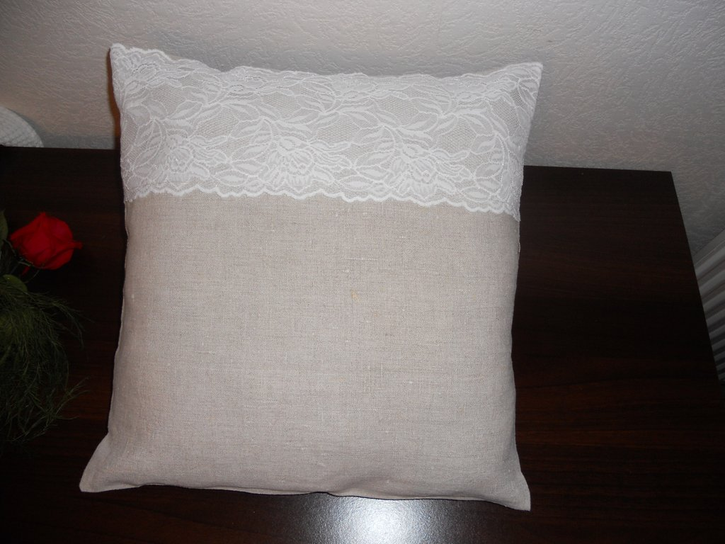 Coussin lin dentelle cultura for Housse coussin portefeuille