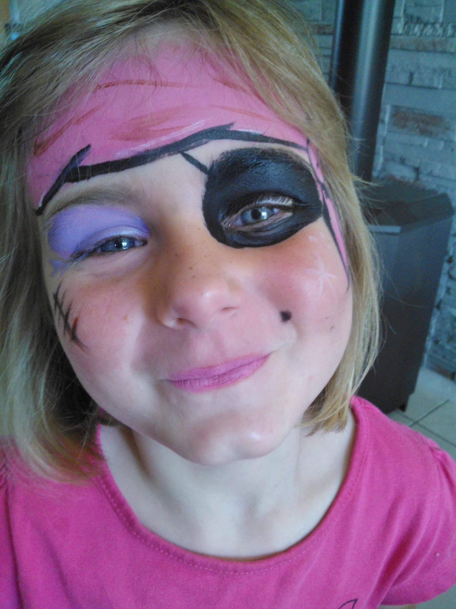 Concours maquillage pirate cultura - Maquillage pirate fille ...
