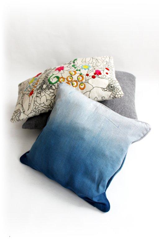 diy housse de coussin tie and dye cultura. Black Bedroom Furniture Sets. Home Design Ideas