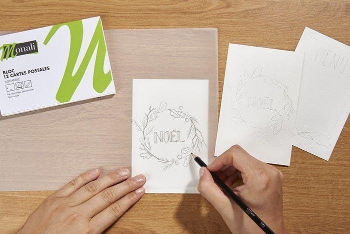 ETAPE 1/9 Télécharger, imprimer et reporter le gabarit sur le papier calque. Décalquer ensuite le motif sur la carte aquarelle.