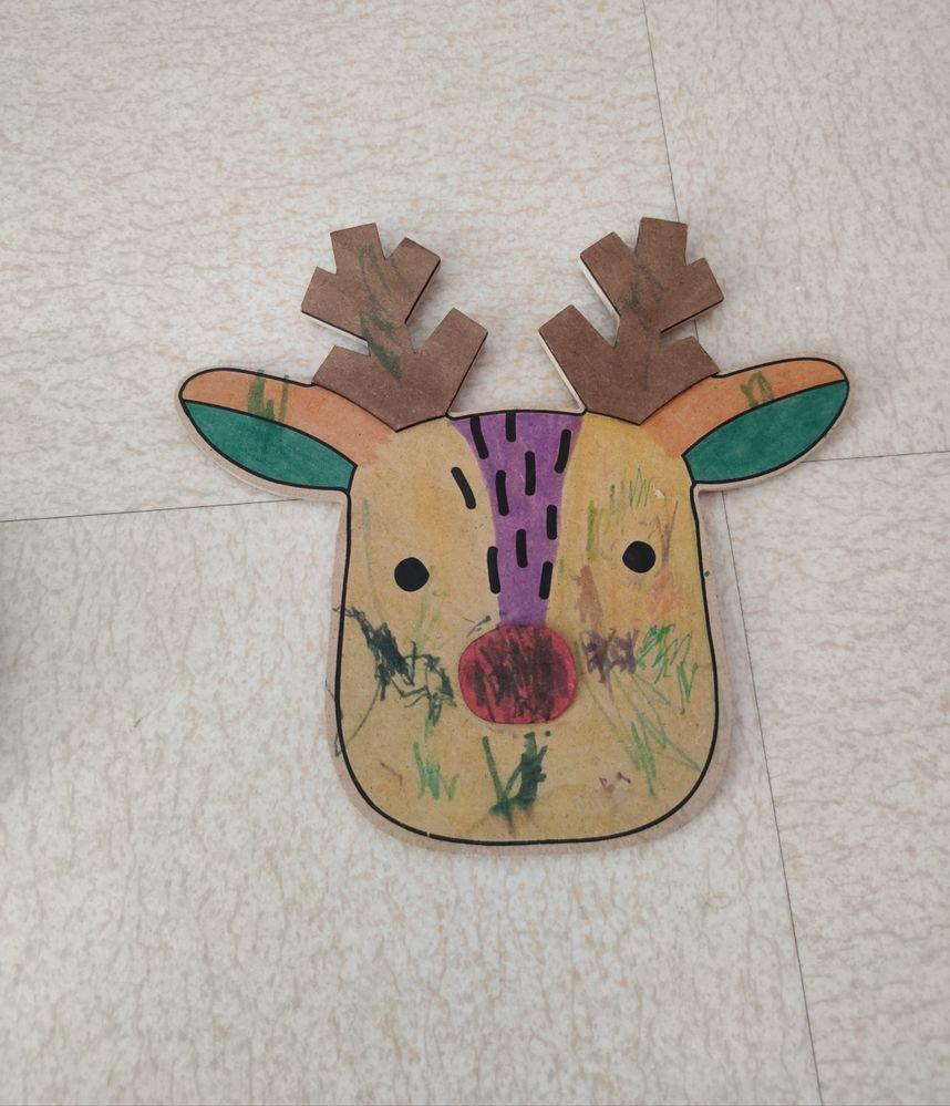La tête de renne d'Arthur (aidé par sa soeur car il est quand même petit mon fiston)