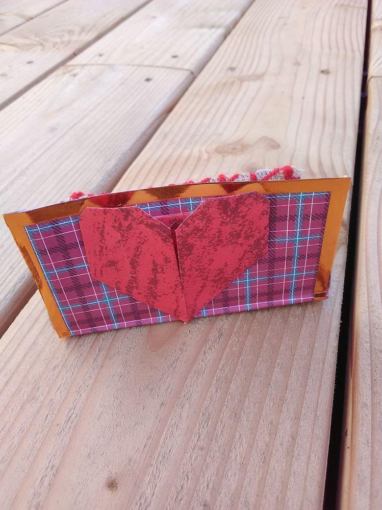 porte-carte en papier, pliage origami pour insérer cartes de visite ou de fidélité