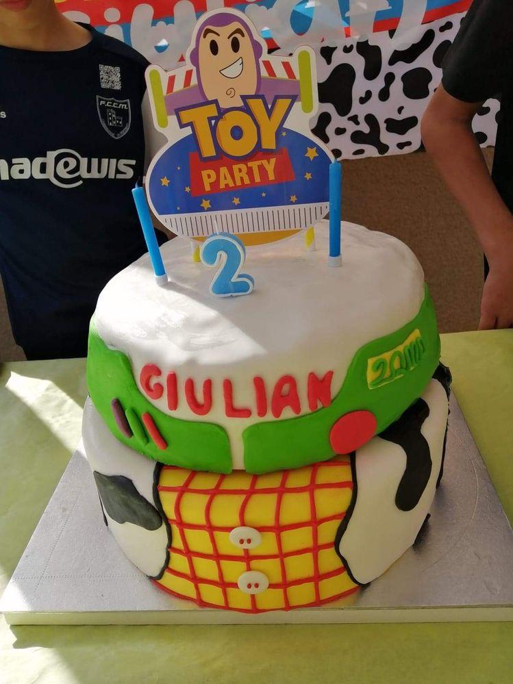 Buzz s'invite à la fête