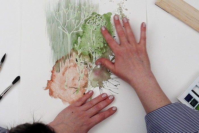 Etape 7/9 : Retirer le gros sel Après 1 à 2 heures de séchage, retirer le gros sel en frottant le papier.