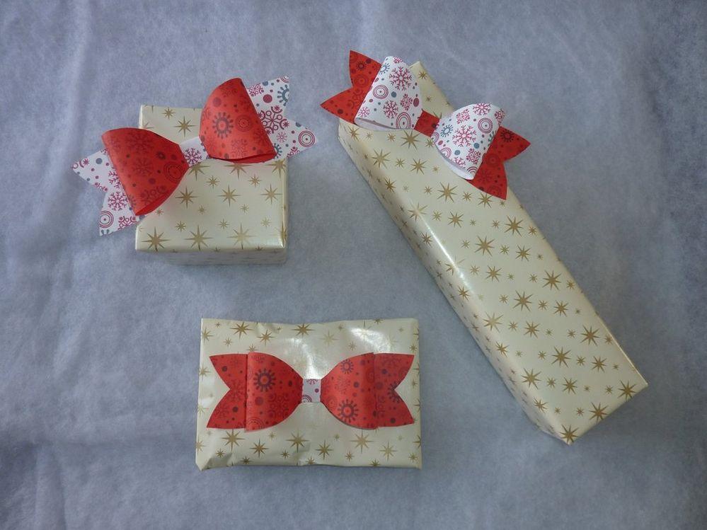 concours de no l origami kirigami petits paquet. Black Bedroom Furniture Sets. Home Design Ideas