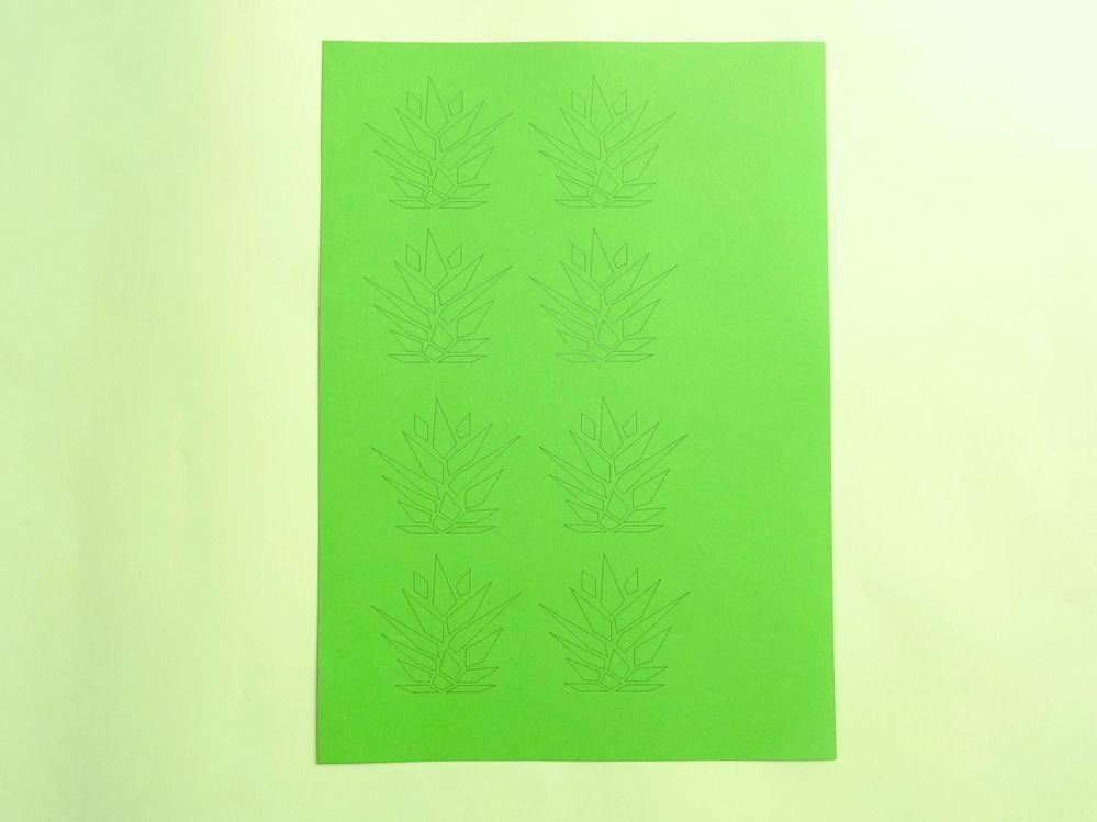 Télécharger le fichier gabarit  Feuilles Ananas, imprimer sur le vert menthe.
