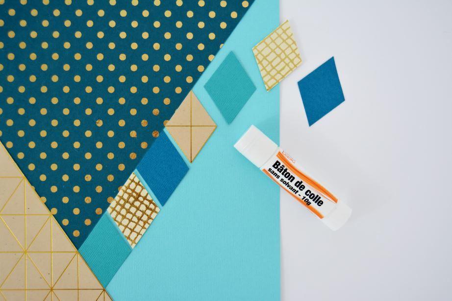 5. Coller les triangles et les losanges sur un rectangle de 20 x 29,7cm pour décorer la page de couverture.