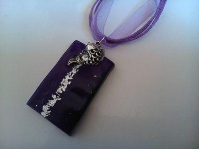 collier-collier-pendentif-violet-et-argent-14840627-dsc-9999-jpg-fbbfe0-a911b_570x0.jpg