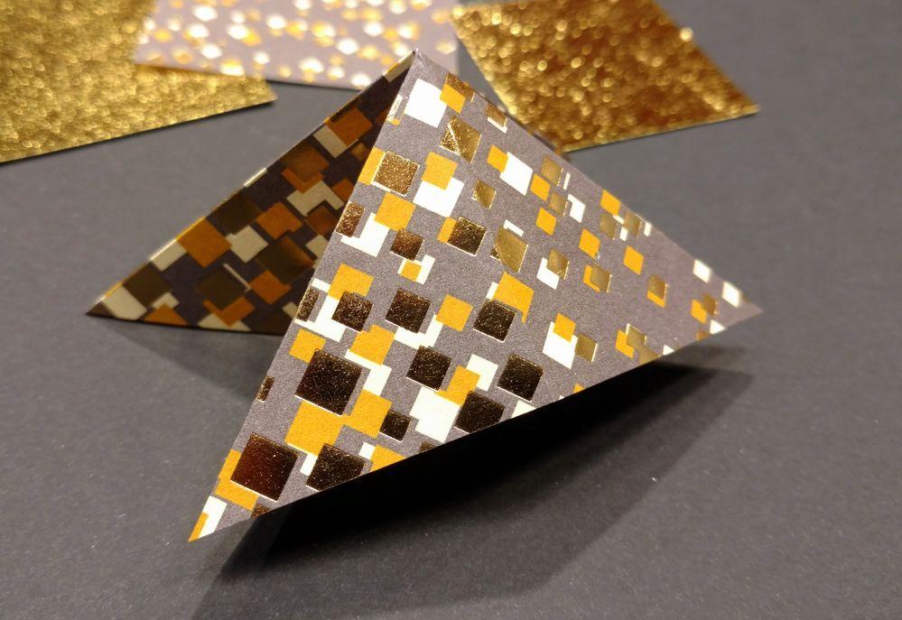 Sapin origami 05.jpg