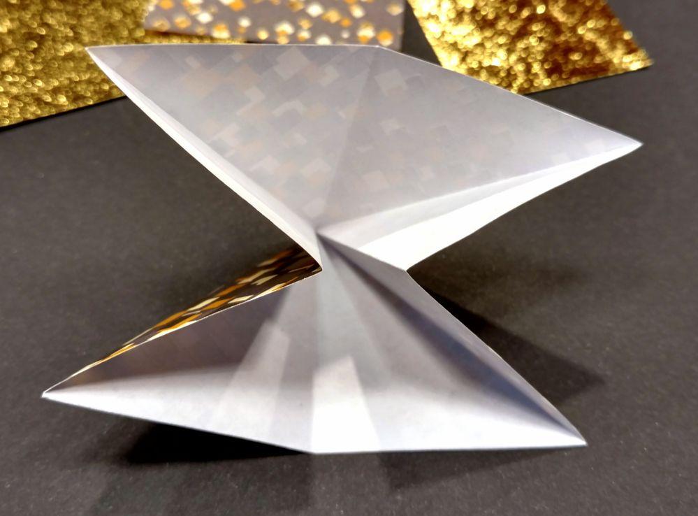Sapin origami 06.jpg