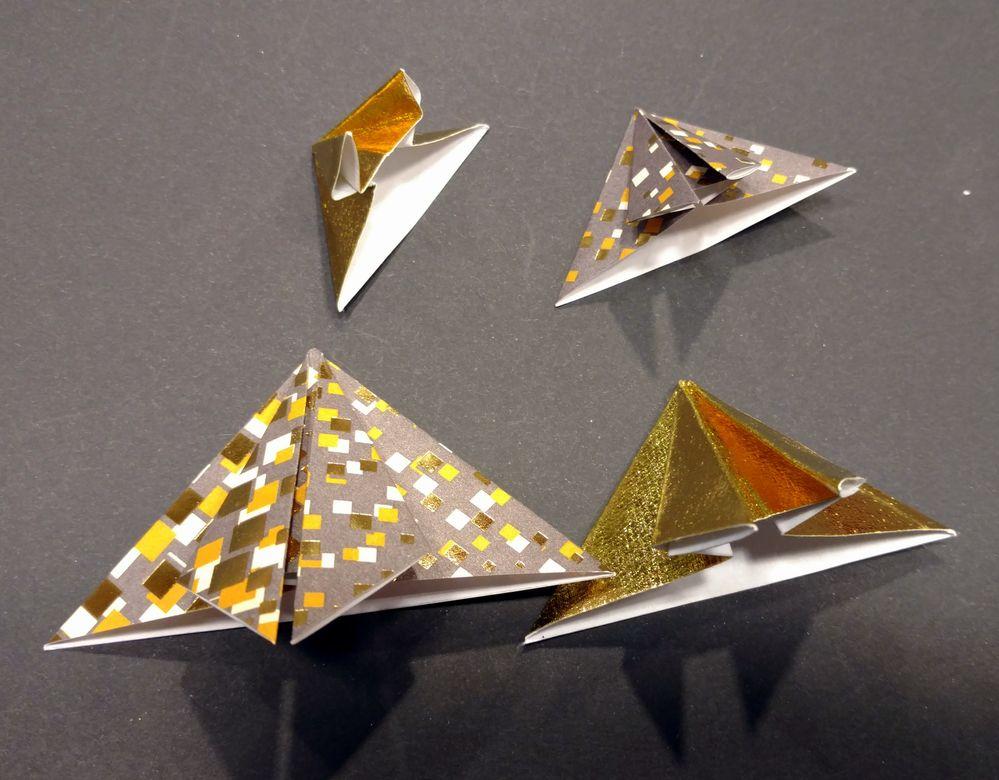 Sapin origami 09.jpg