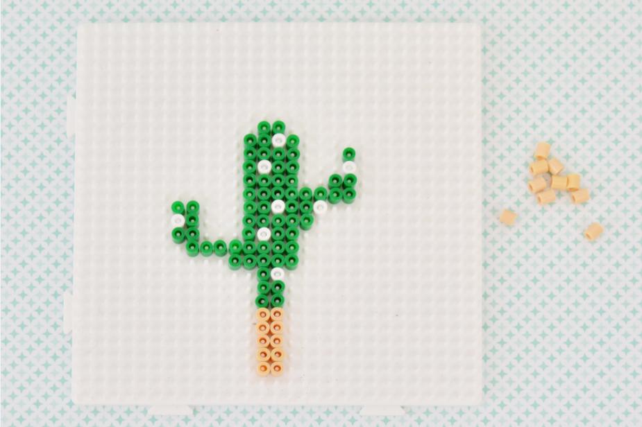 3. Réaliser la 2ème partie du cactus en suivant le modèle ci-dessus.