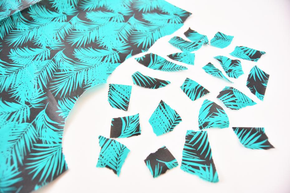 Idée n°1 : 1. Déchirer des petits morceaux dans le papier décopatch® choisi.
