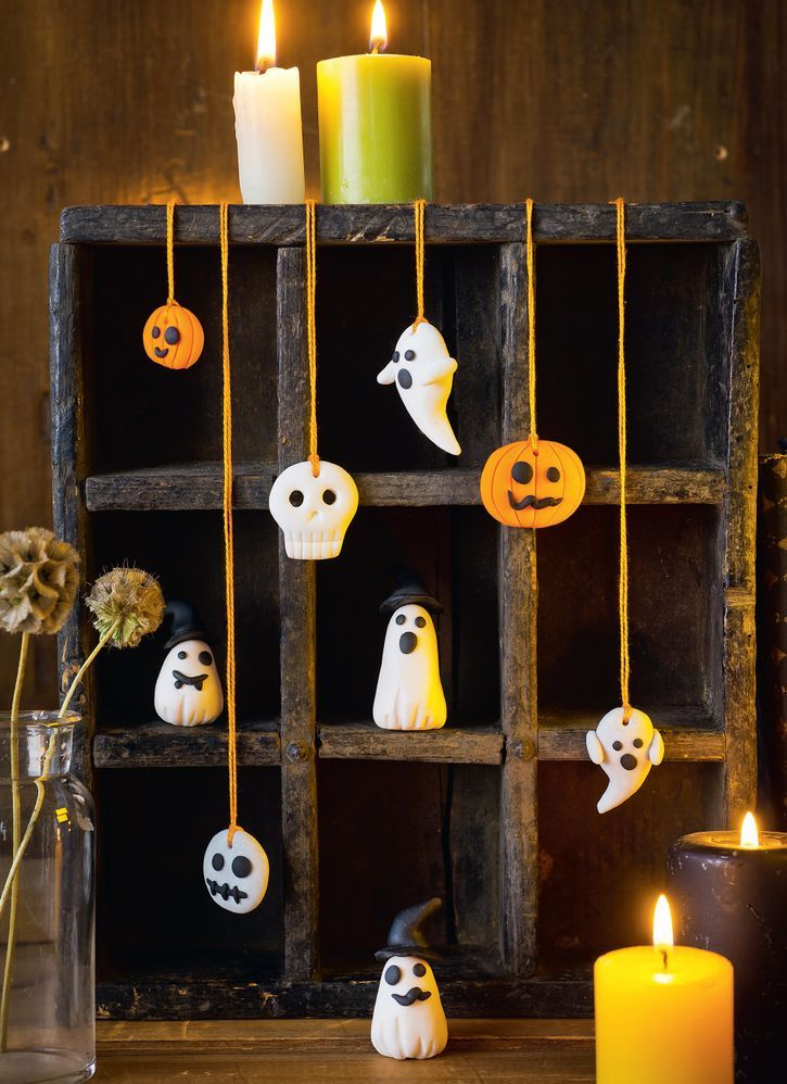 figurines halloween.jpg
