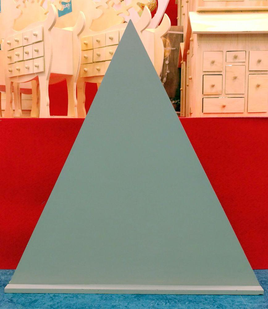 Triangle 01.jpg