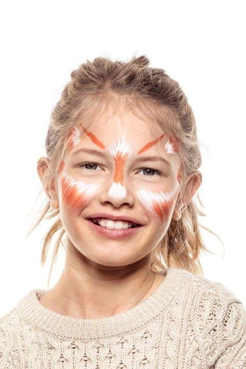 2. Apporter de la couleur en utilisant la même technique avec le Stylo Pinceau orange.