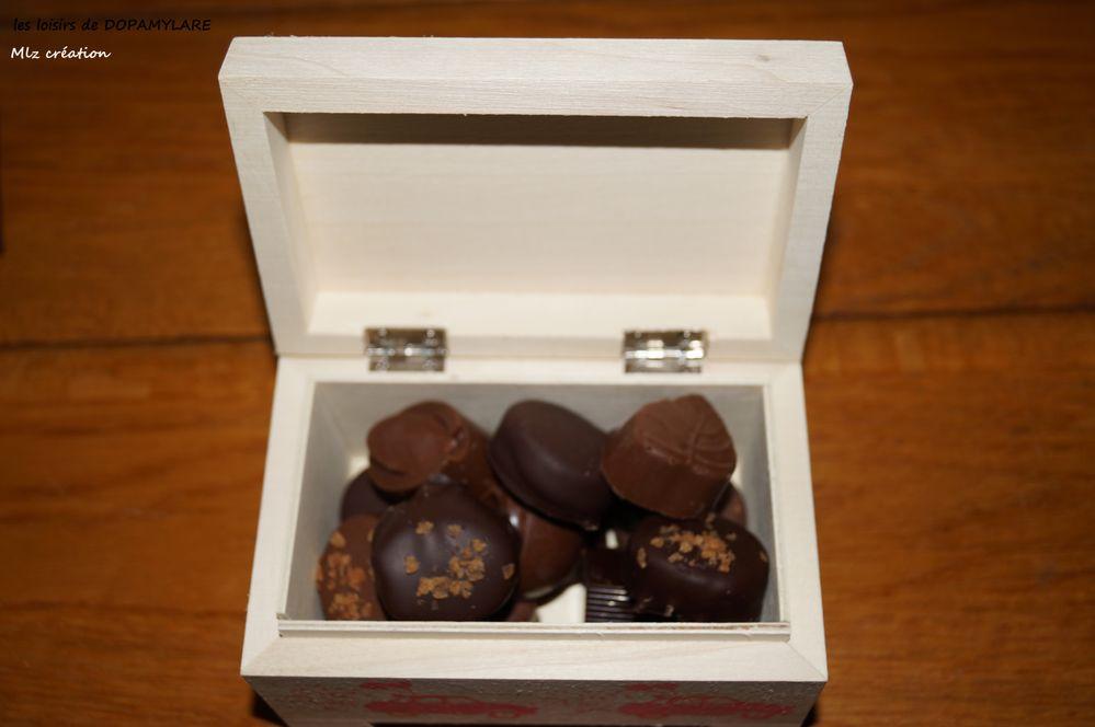 BOITE CHOCOLAT SAINT VALENTIN KALOU (4).JPG