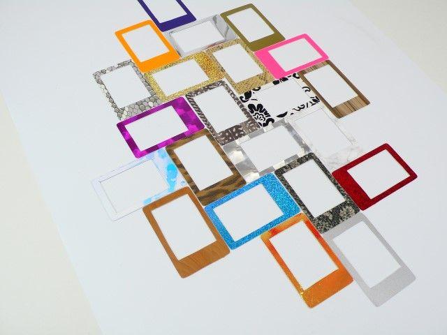 5. Disposer les cadres sur une feuille de polypropylène,  cherchez une disposition originale et rythmé.
