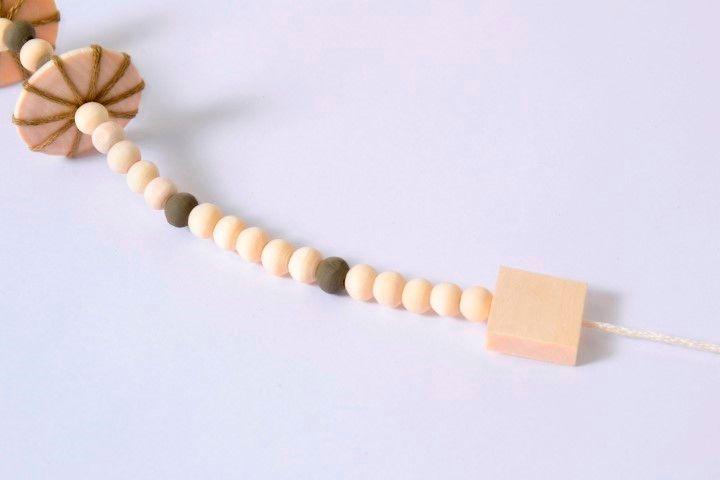 PAP Collier - Technique ficelle (9).JPG
