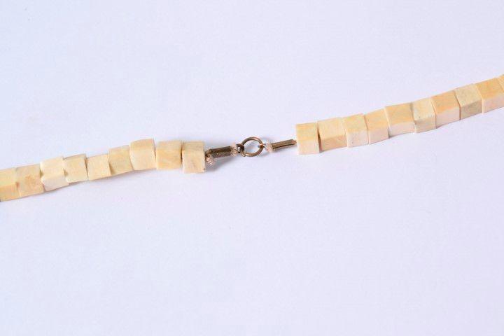 PAP- Collier Pyrogravure (11).JPG