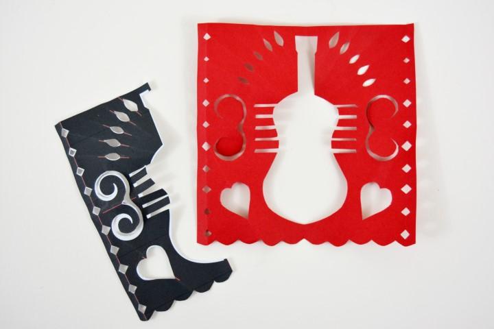 9. Déplier la feuille de papier origami pour observer le résultat obtenu du fanion.