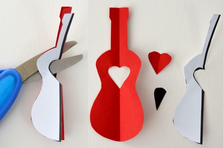 10. Positionner le gabarit de la guitare sur la forme de la guitare découpée en étape 2. Découper le cœur en suivant le gabarit. Déplier pour observer le résultat obtenu. Mettre le motif du cœur de côté.