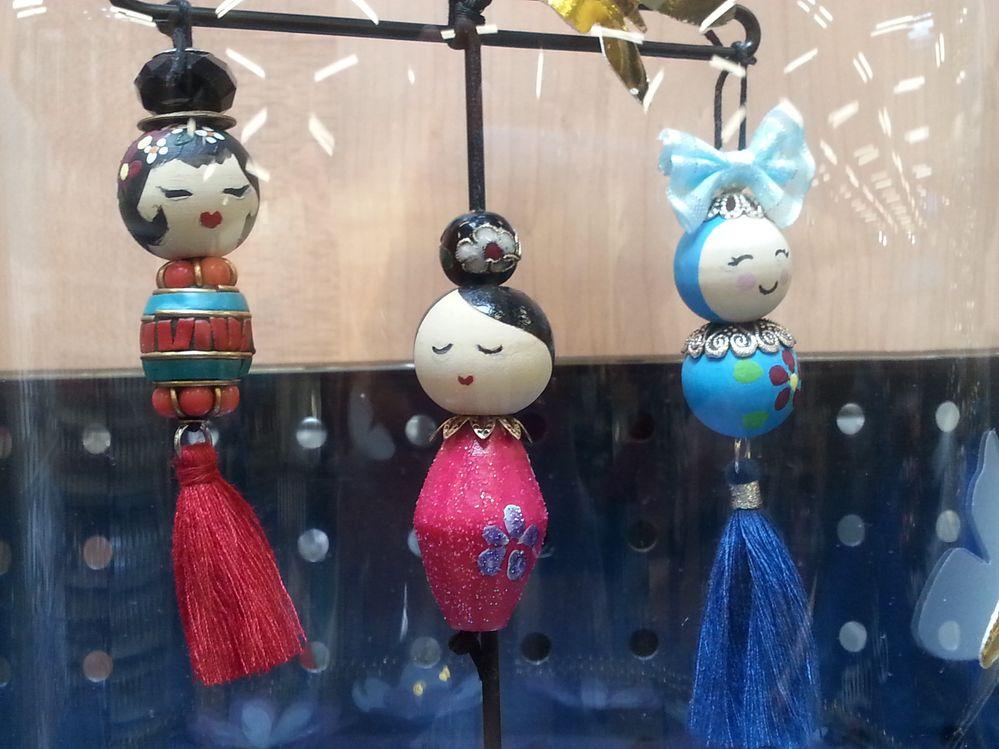 poupée , bijou de sac ou de portable by christina