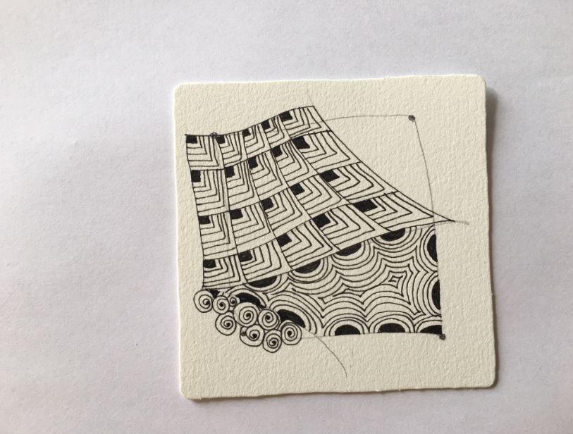 6. Remplissez chaque section à l'aide de motifs Zentangle.