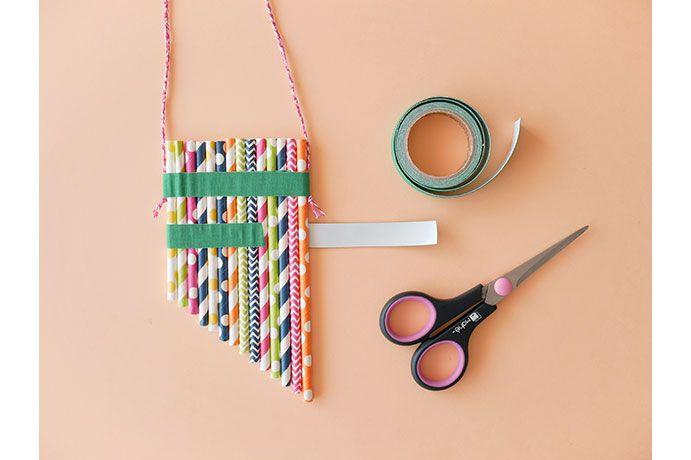 7. Poser et enrouler un second ruban de tissu adhésif à 1,5 cm du premier ruban adhésif.