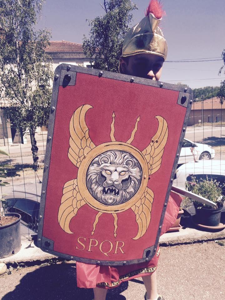bouclier romain.jpg
