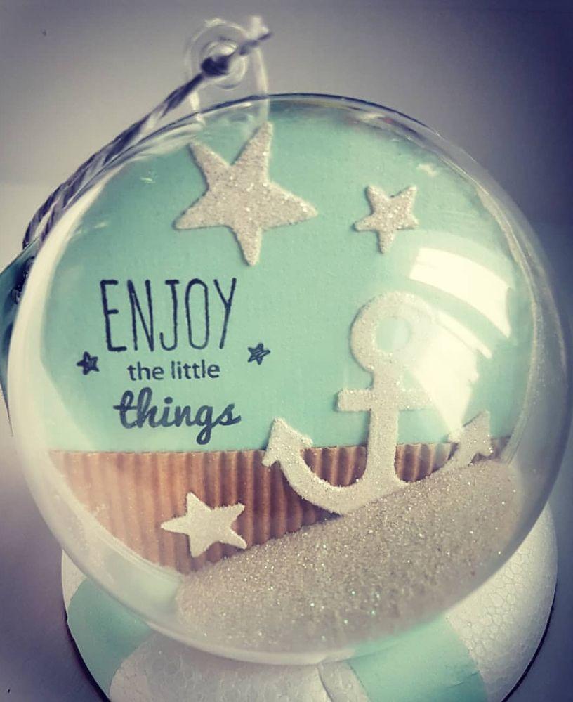 Positionner votre petite décoration à vous le souhaitez...