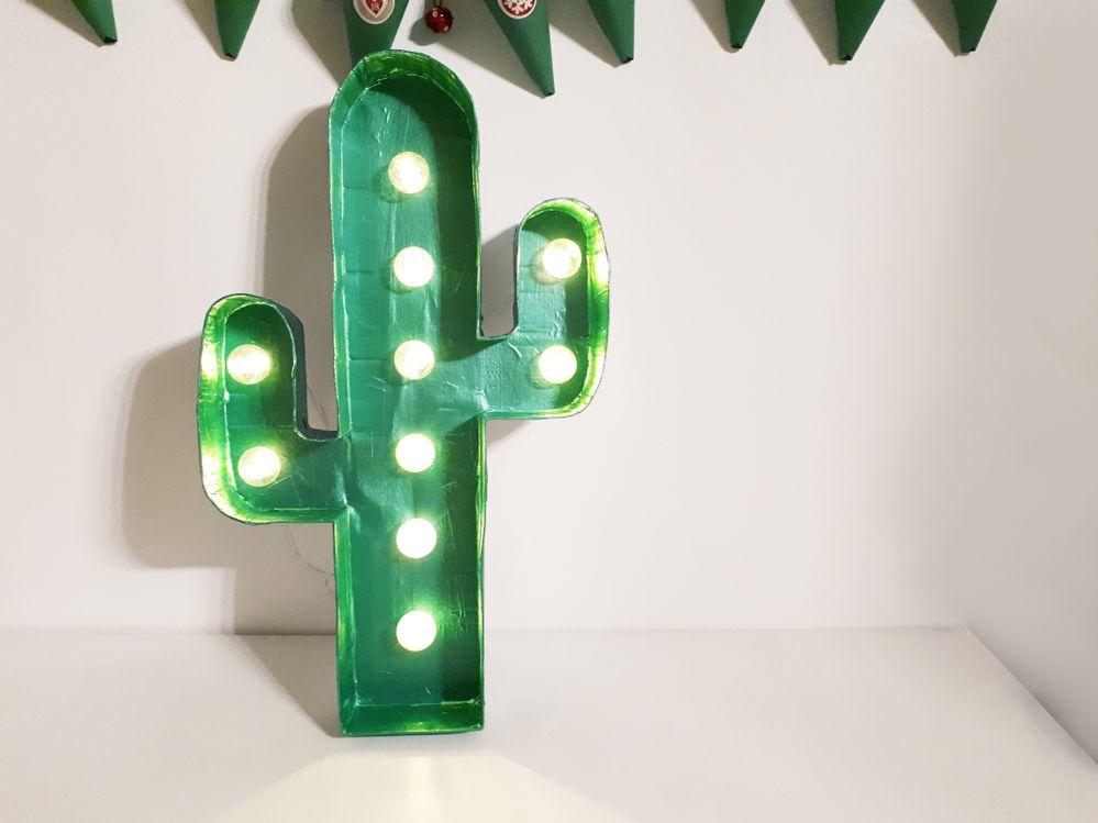 diy-cactus-lumineux-fait-main_cactus-and-style.jpg