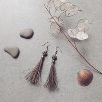 Boucles d'oreilles pompons crins
