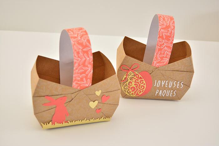 7. Réaliser d'autres paniers en suivant les actions précédentes. Ils sont prêts à décorer la table de Pâques et être garnis de gourmandises.