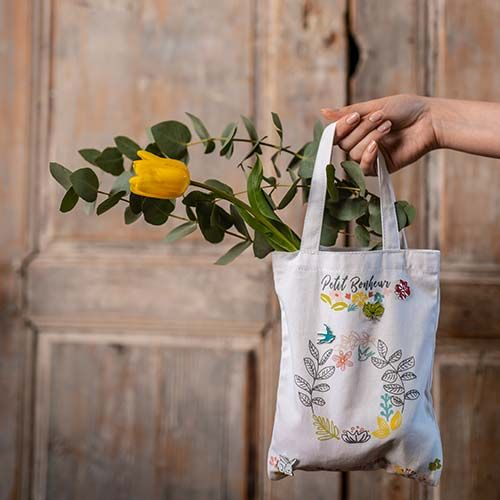 4. Le sac est prêt pour profiter du printemps, ou de la châsse aux œufs de Pâques !