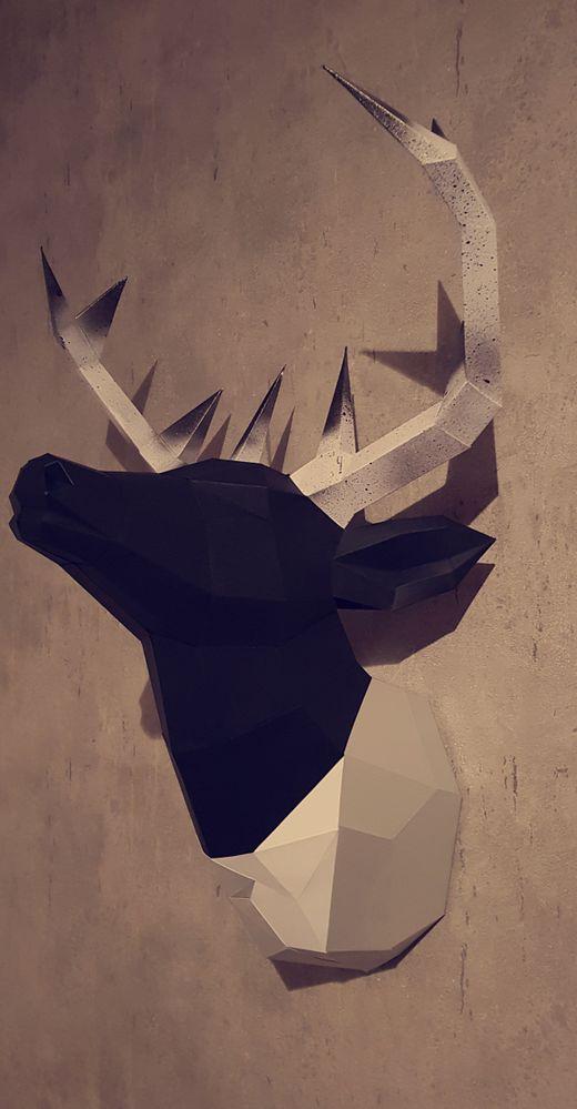 Papercraft cerf noir