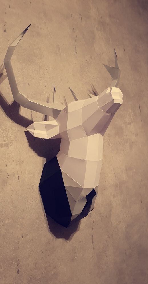 Papercraft cerf blanc