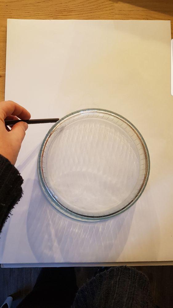 A l aide d un saladier je definis l emplacement de ma boule