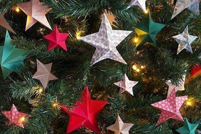 ETAPE 16/16 Réalisez plusieurs étoiles pour décorer votre sapin.
