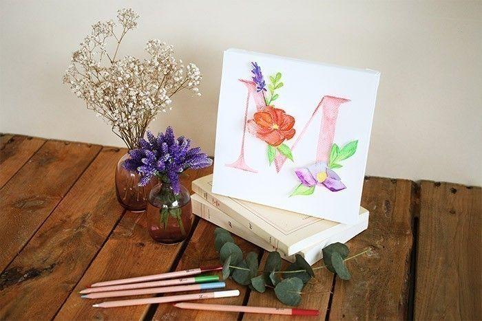 ETAPE 9/9 Votre monogramme fleuri est prêt.
