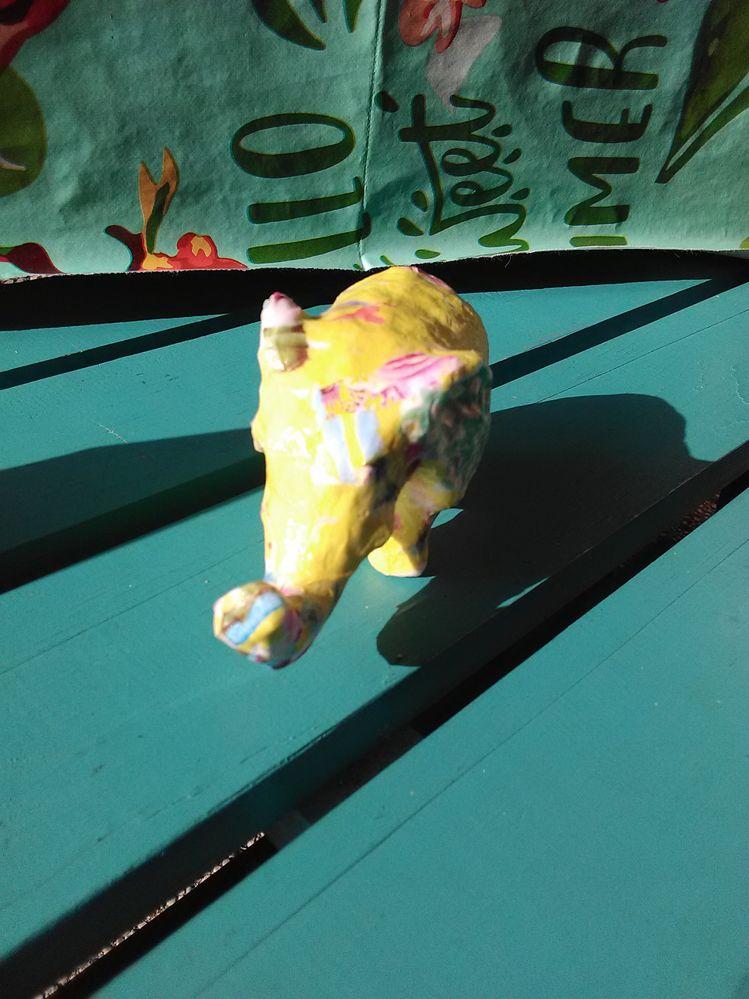 l'éléphant au soleil...